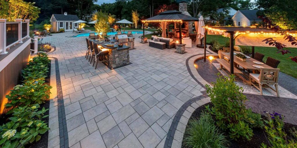 Landscaping_Pavers-Outdoor-Living Uni lock
